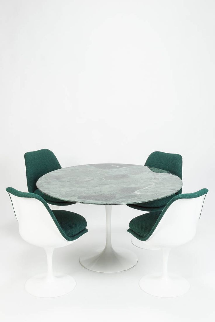 Set of Four Chairs and Green Marble Table by Eero Saarinen for Knoll