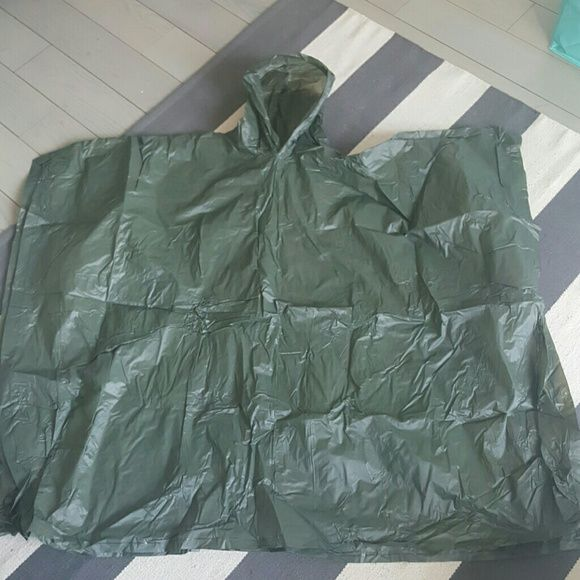 Large green plastic rain poncho Never worn Plastic poncho Other