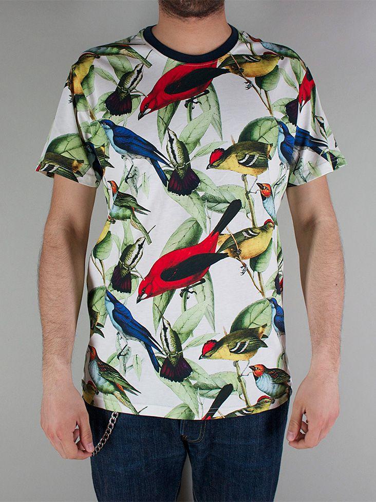 IUTER FULLPRINT TEE T-shirt Manica Corta - birds € 49,00 - See more at: http://www.moveshop.it/ecommerce/index.php/it/articolo/69391/12950/FULLPRINT%20TEE#sthash.rsJrc7B2.dpuf