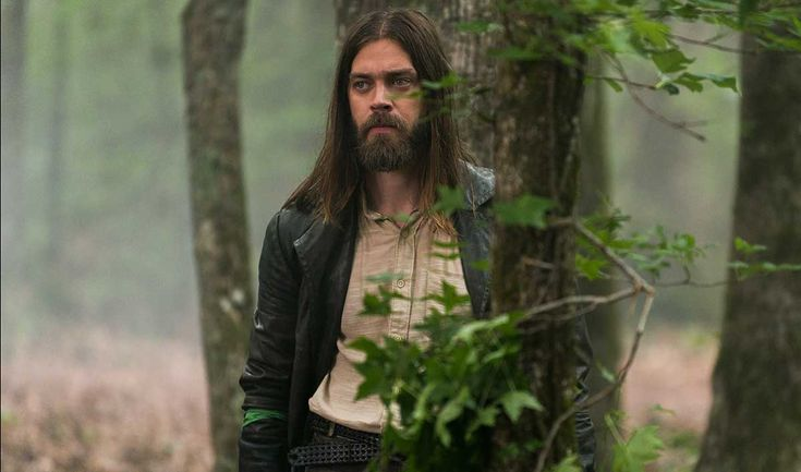 Q&A (SPOILERS) The Walking Dead Q&A — Tom Payne (Jesus) ---  The actor on navigating his character's moral compass and squaring off with Lennie James. - The Walking Dead S8 | amc