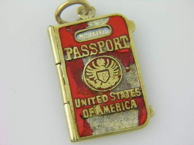 RARE VINTAGE ENAMELED 14K GOLD UNITED STATE PASSPORT CHARM