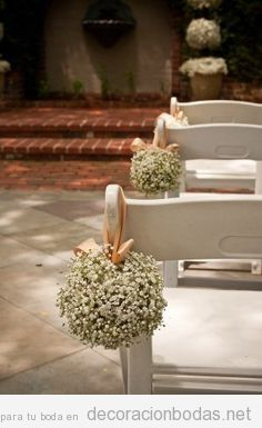 Idea para decorar sillas boda ceremonia exterior