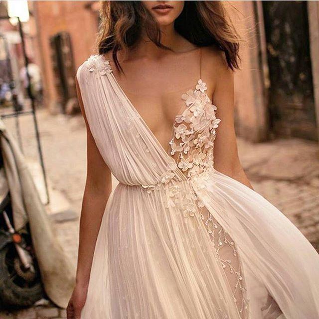 17 Best Ideas About Greek Wedding Dresses On Pinterest: Best 25+ Greek Goddess Dress Ideas On Pinterest