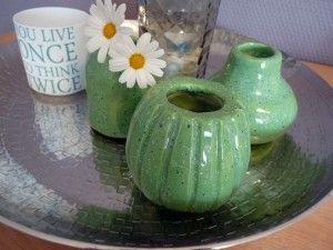 Selbst getöpferte grüne Mini-Vasen   töpfern   DIY Idee   Gelbkariert Blog
