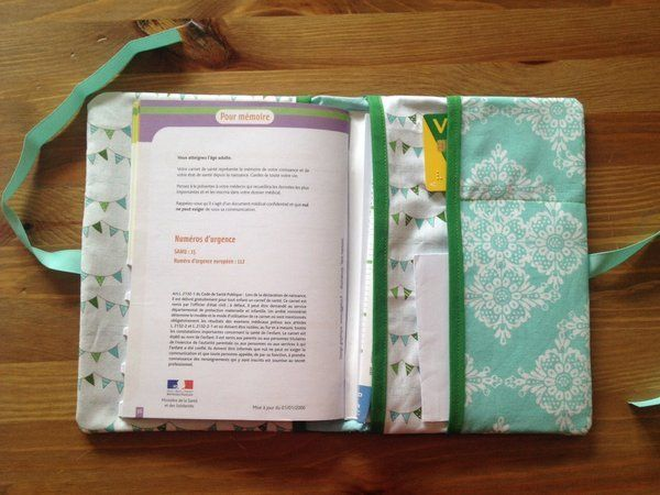 Do It Yourself : le protège carnet de santé !