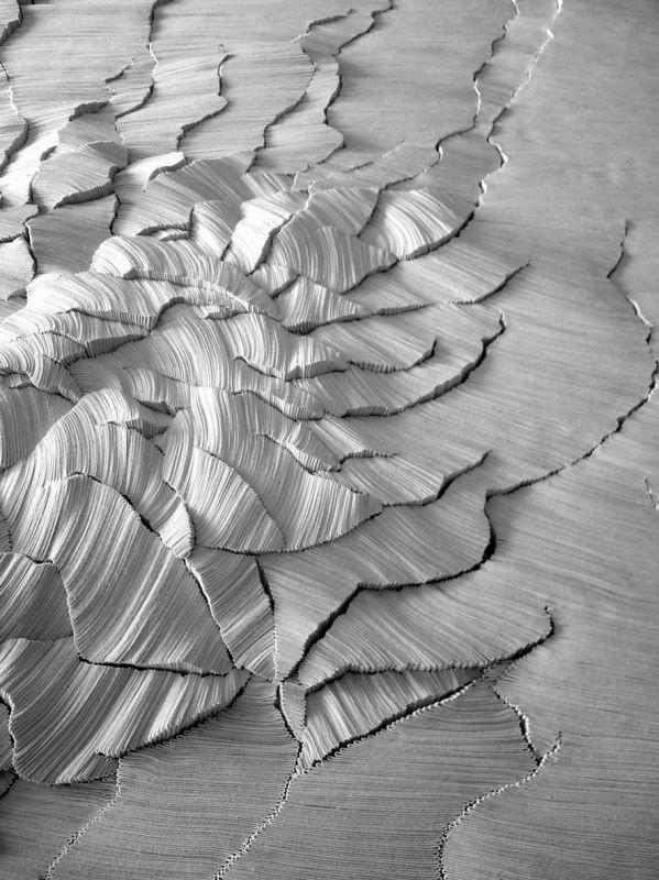 Simone Pheulpin: escultura têxtil