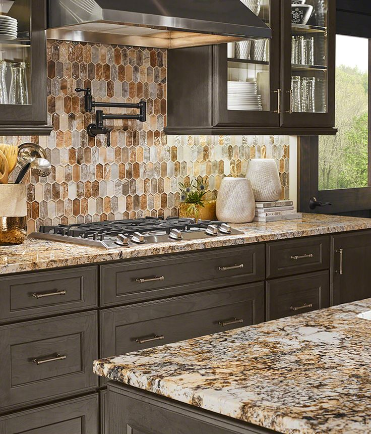 Kitchen Designer Orange County: Taos Picket Pattern 8mm