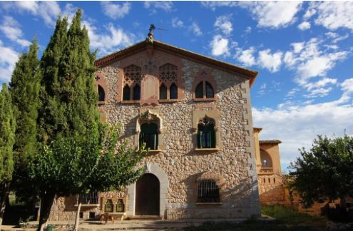 Start your own hotel and restaurant at this country house near Barcelona (Sant Pere de Ribes).