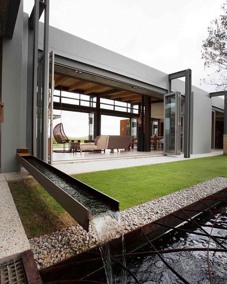 Inviting Modern And Sustainable C House By Studio Arthur: Cercas De Proteção Para