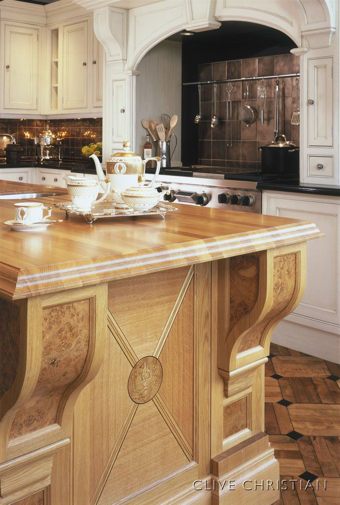 Clive Christian Edwardian Kitchen In Contemporary Oak And Painted Ivory