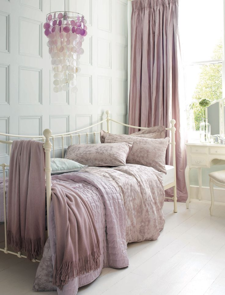 Spring/Summer 2011 Home Collection By Laura Ashley