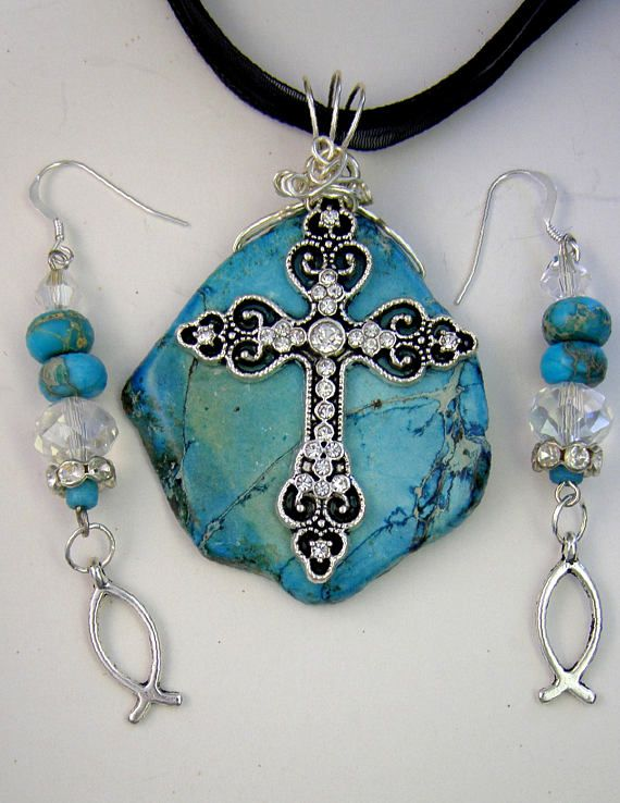 Turquoise Magnesite Cross Pendant Necklace and Gold Turquoise