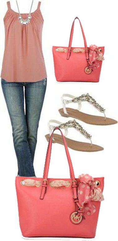 Love this MKs handbag, perf
