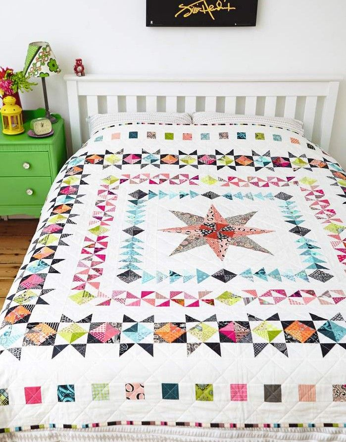 Medallion Quilt by Lynne Goldsworthy of @lilysquilts for Love Patchwork & Quilting magazine issue 13  xxx