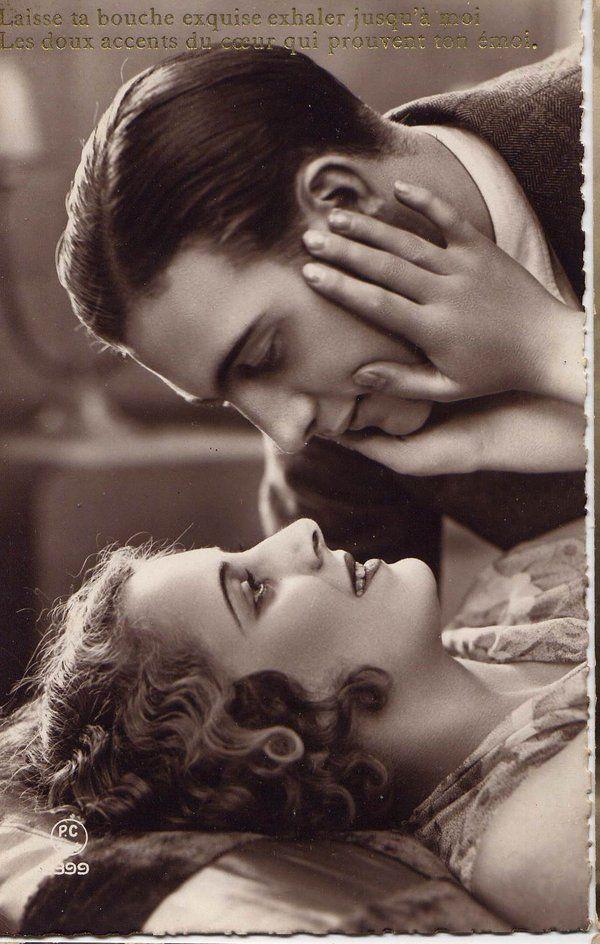 Vintage French Postcard ~ Laisse ta bouche exquise exhaler jusqu'à moi les doux accents du coeur qui prouvent ton émoi.