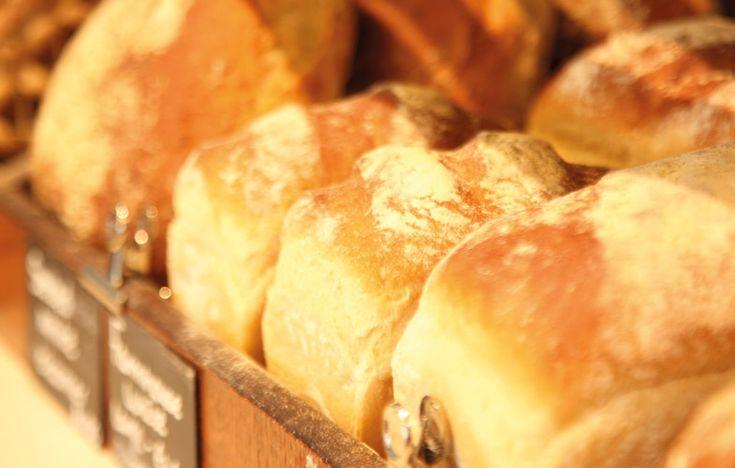 Mark's white bread