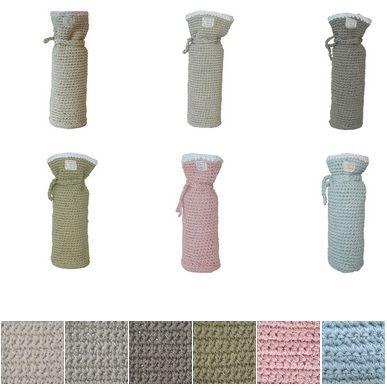 Gebreide kruikenzak van Fair and Cute, verkrijgbaar in 6 kleuren! http://aukgaaf.com/nl/trends4kids-brocante-babykamer-landelijke-kinderkamer-complete-babykamers.html?brand=107