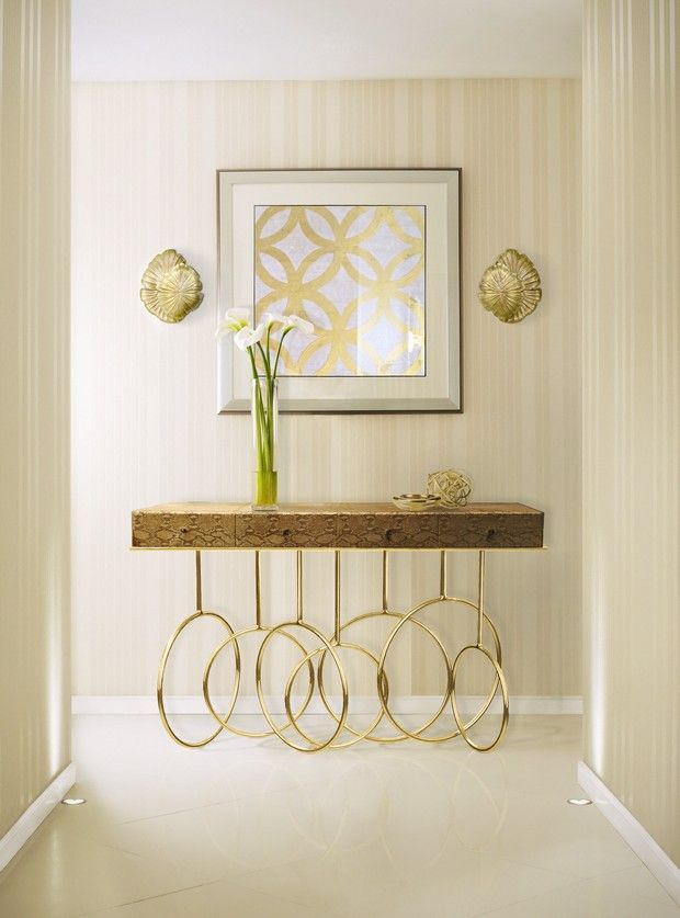 10 Modern Console Tables For Home Decoration