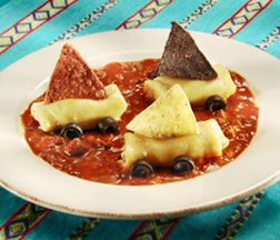 Dinner is quick and fun with our Chili Boat Race #recipe.