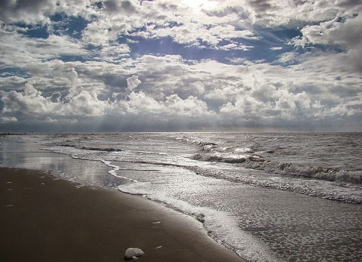 TEXELPICS (pictures from the island Texel): Texel beach Paal 8 today