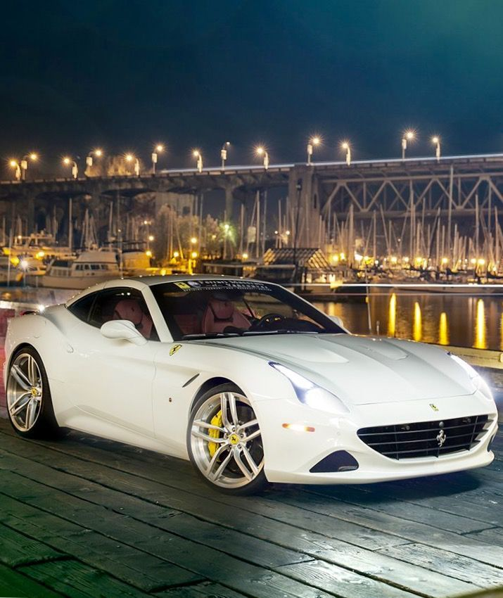 #Ferrari California T