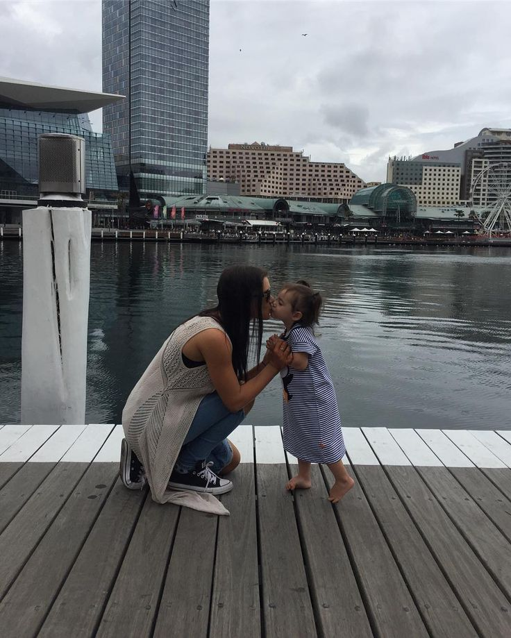 Such an amazing weekend with my baby mum and brother in Sydney we took Macie to the aquarium for the first time and saying she loved it was an understatement love seeing her happy #mum#daughter#nanny #brother#sydney#aquarium#darlingharbour#familyfirst