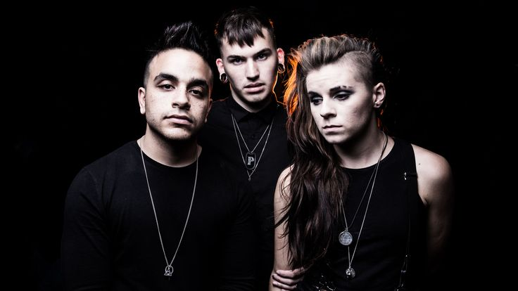 "Interview: PVRIS: ""I think we'll do alright"""