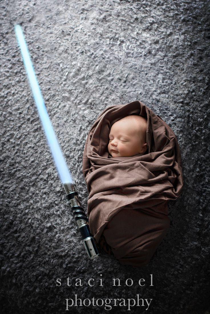newborn photography Star Wars session, baby Jedi. www.stacinoelphotography.com. Charlotte newborn photographer