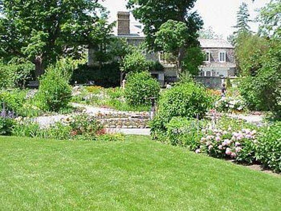 Keg Manor Garden