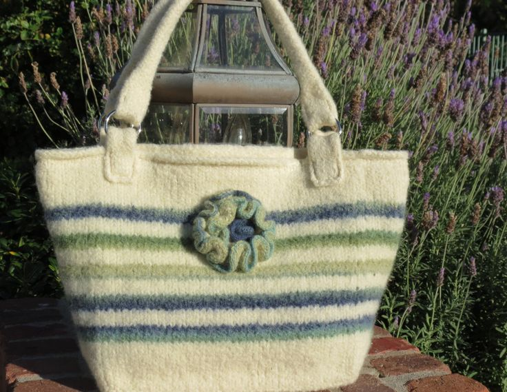 Felted Purse Pattern - pinned by pin4etsy.com