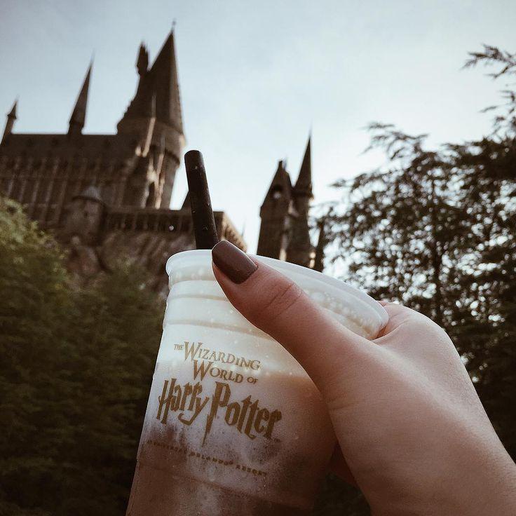"""Hoje é dia! Segue no #snapchat annalayza  #HiGorgeous #hogwarts #butterbeer #HarryPotter"""