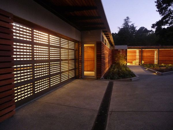 house on the bay by andrea ponsi with jensen architects modern garage doorsgarage housescreen