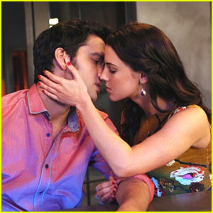 Sneak Peek into tonight's ALL NEW 90210 - Navid kisses....Adrianna???