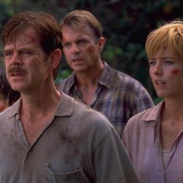 Téa Leoni, William H. Macy and Sam Neill in Jurassic Park III - http://www.newmovieshouse.com/2001/Jurassic-Park-III/