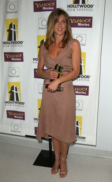 Jennifer Aniston 6th Annual Hollywood Film Festival Hollywood Awards BEVERLY HILLS, CA. OCTOBER 7, 2002