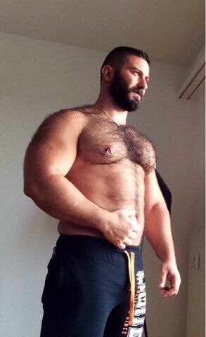 Follow my two hairy men blogs:http://sambrcln.tumblr.comhttp://hairysex.tumblr.com