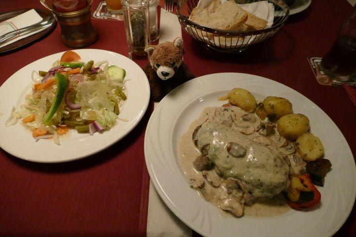 Filetsteak, Champignons, Sahnesauce, gemischter Salat, Schinken, Rezension, Schlemmerblock, Bad Segeberg, italienisch, Fedula