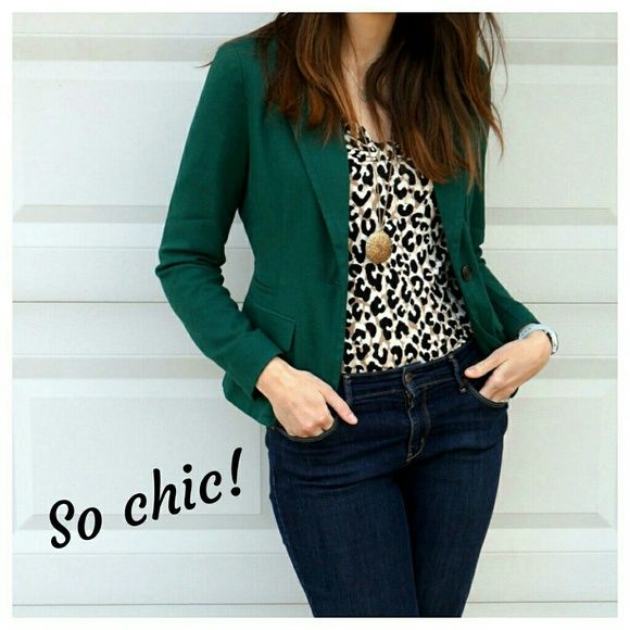 Hunter green blazer Lined, long sleeve blazer with single button and two side pockets. Worn only once & in great condition. (Actual blazer in pics 2 & 3.) Forever 21 Jackets & Coats Blazers