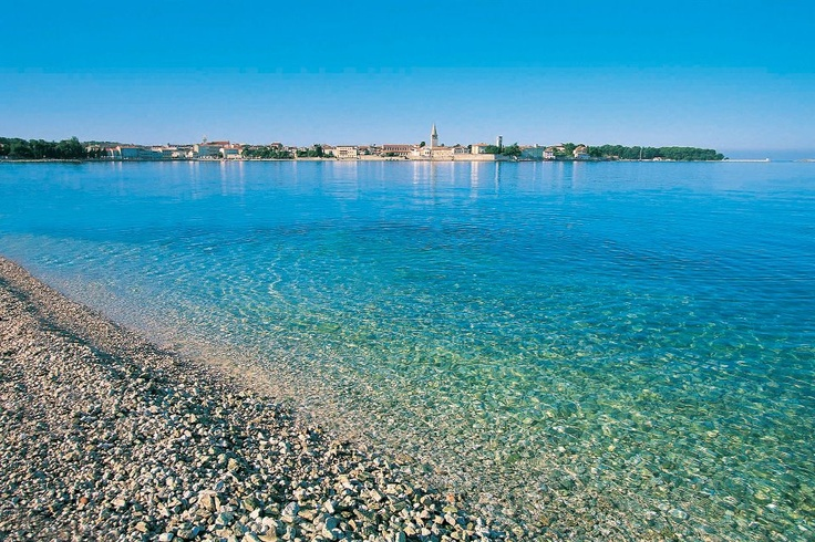 Croatian beach-Croatia took the 2nd place behind Cyprus in the annual report on the quality of bathing water published by the European Commission. From more than 900 locations in Croatia, 97% have been evaluated as excellent, fulfilling the high European criteria.