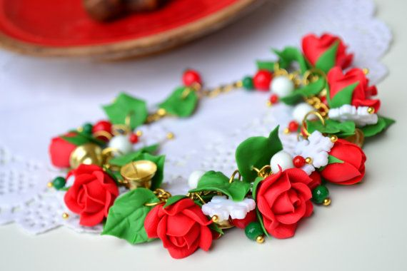 Hey, I found this really awesome Etsy listing at https://www.etsy.com/listing/474776633/free-earrings-christmas-bracelet