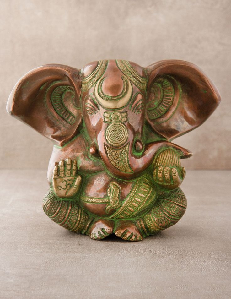 Antique Brass Ganesh Statue - I ❤️ this little guy.