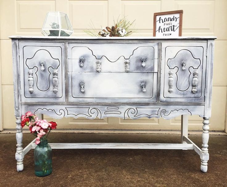 223 best OLD WHITE   Chalk Paint  by Annie Sloan images on Pinterest    White chalk paint  Annie sloan and Painted furniture. 223 best OLD WHITE   Chalk Paint  by Annie Sloan images on