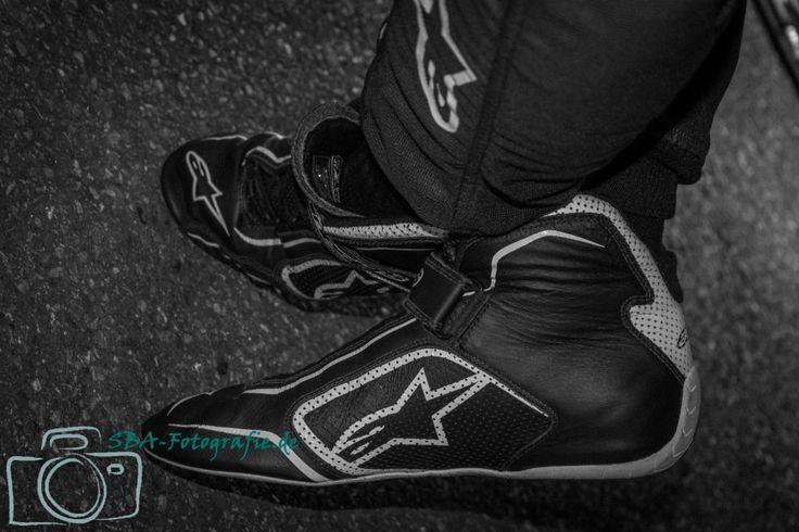 Racing Shoes.... - Rennfahrerschuhe - Momentaufnahme vom 1. American Fan Fest in Hockenheim - Galerie der Fotos vom Auftritt der EuroNASCAR online