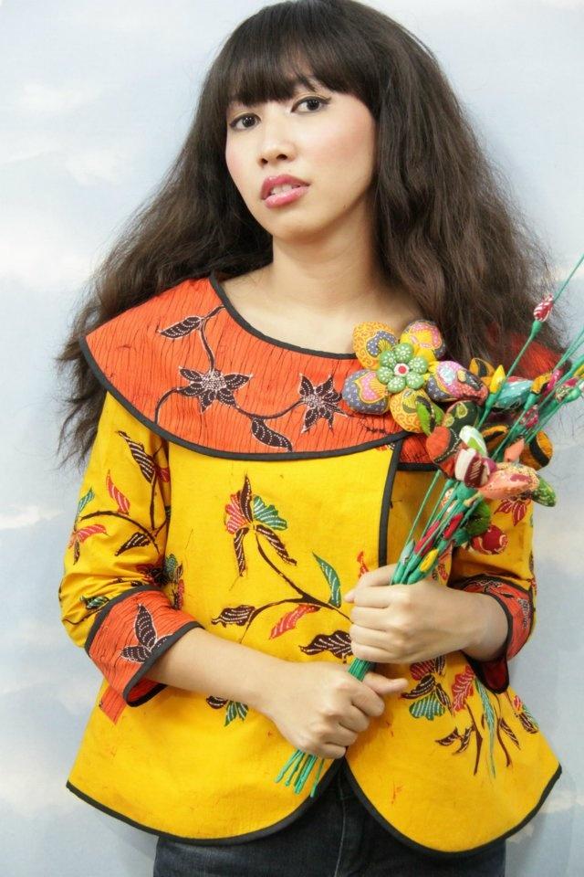 batik amarillis's blooming series