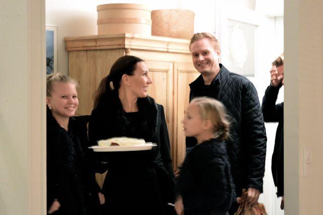 Annen kotona ja pihalla: Ensimmäinen adventti