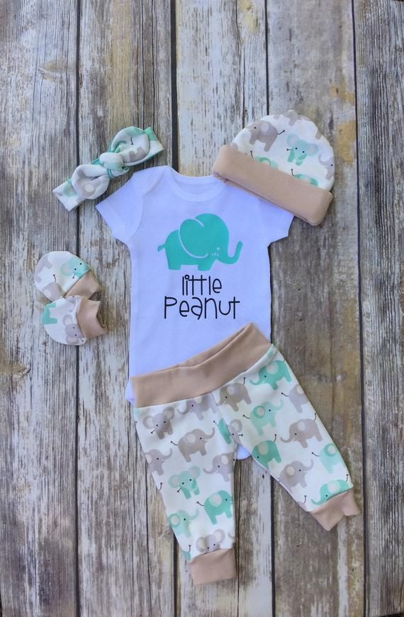 Gender Neutral Coming Home Outfit Little Peanut Baby Set Etsy Baby Girl Onesies Baby Sets Baby Outfits Newborn