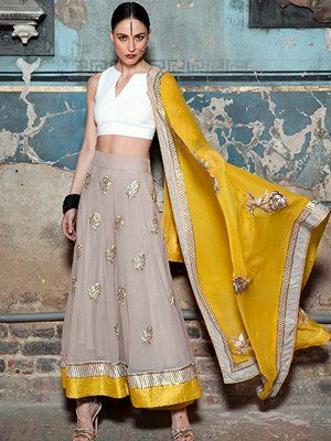 img scr= indian-designer-lengha-choli-my-trousseau alt= indian designer-lengha-choli my trousseau