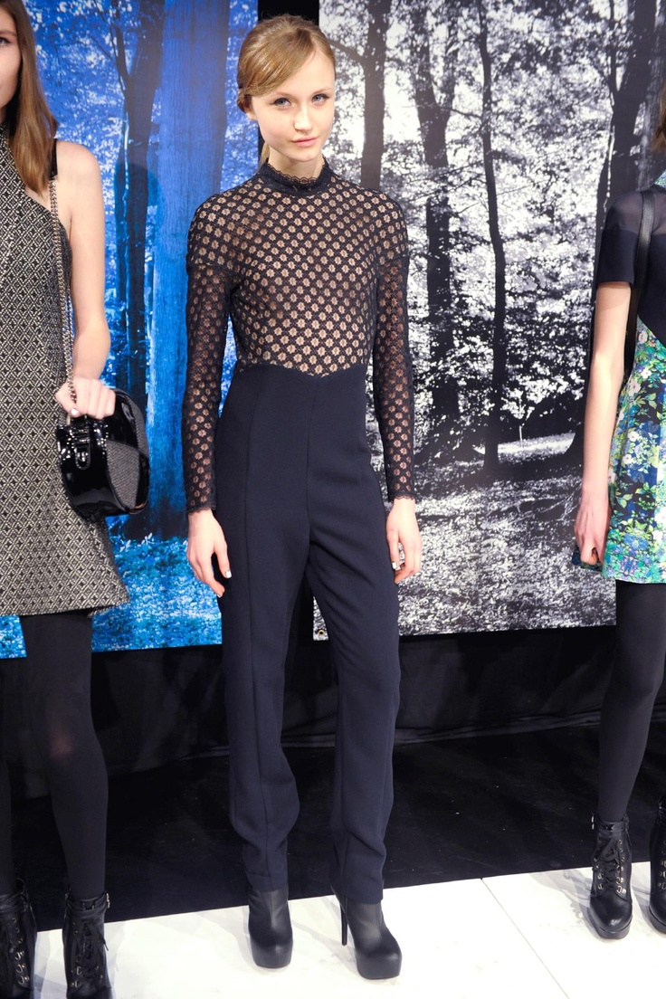 Charlotte Ronson - could never pull this off - but it's cool.