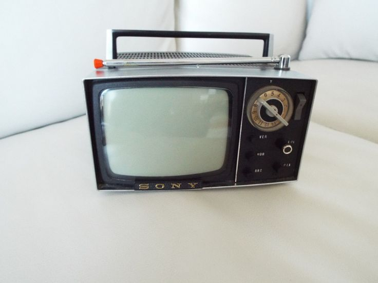 sony tv old models. vintage sony micro tv model 5-303w 1960\u0027s portable b/w mini with case sony tv old models s