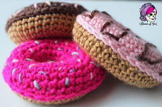 Ravelry, #crochet, free pattern, amigurumi, donut, food, pastry, decoration, party, #haken, gratis patroon (Engels), decoratie, feest, trakteren, eten, voedsel, #haakpatroon
